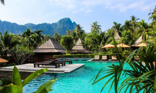 Loskan keskeltä lämpöön – Thaimaassa asuva suomalainen nauttii elämästään auringossa